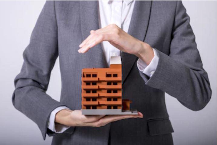 הקשר בין ביטוח דירה לביטוח בית משותף